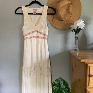 Flying Tomato Boho Maxi Crochet Dress